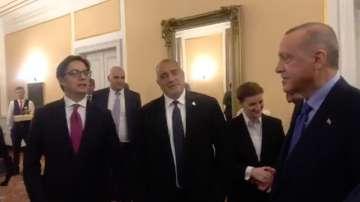 Премиерът Борисов участва в срещата на върха на ПСЮИЕ в Сараево