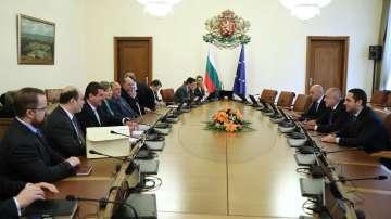 Компромис по спорния Закон за горивата след среща с премиера Борисов