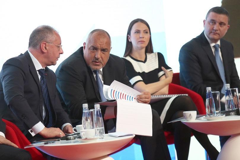 До една година България би могла да кандидатства за Еврозоната.