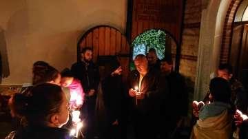 Премиерът Борисов посрещна Възкресение в Дивотинския манастир