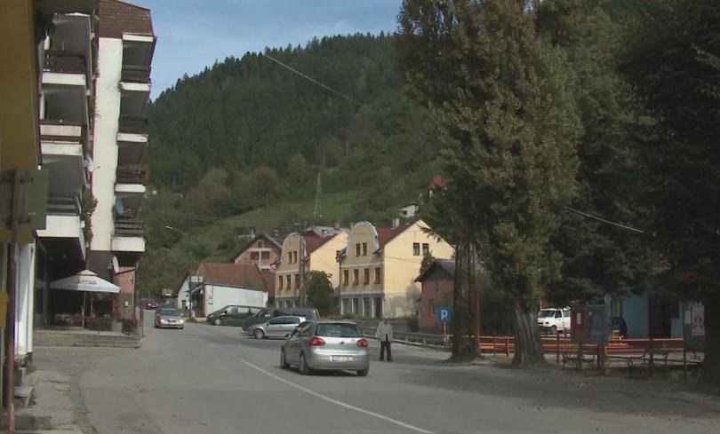 Какво крият недрата на планините около малък босненски град? Местните