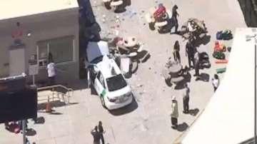 Кола рани 10 души в Бостън