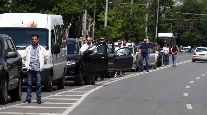 снимка 2 България се преклони пред подвига на Христо Ботев и загиналите за свободата