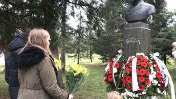 В София отбелязаха 172 години от рождението на Христо Ботев (СНИМКИ)