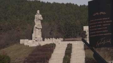 След ремонт: Лошо състояние на мемориалния комплекс Христо Ботев