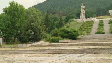 Мемориалът на Ботев в Калофер е в окаяно състояние след като беше ремонтиран