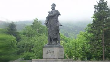 В Деня на Ботев: България се прекланя пред подвига и саможертвата на героите