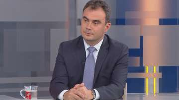 Жельо Бойчев: Комисията за боен самолет спира процеса на модернизация