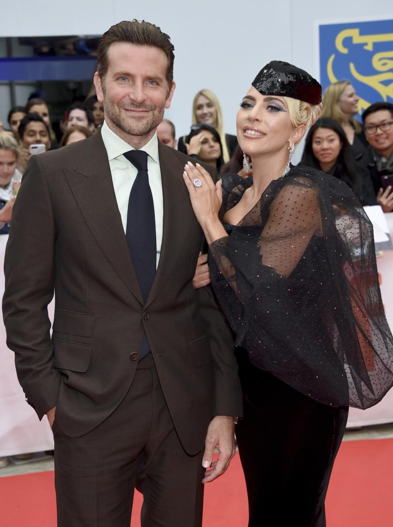 снимка 1 Филмът Роди се звезда с Лейди Гага триумфира на кинофестивала в Торонто