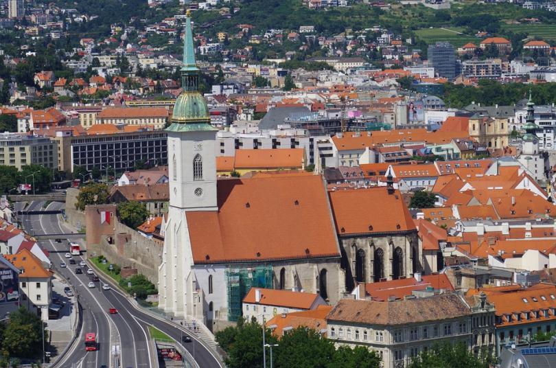 Освен словашката столица, кандидати бяха София, Никозия и Рига. Изборът