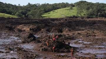 Увеличават се жертвите на трагедията в Бразилия
