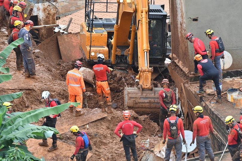 Броят на загиналите в резултат на наводненията в Бразилия достигна