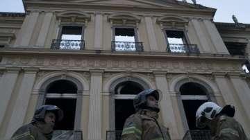 Продължава разследването на пожара в Националния музей в Рио де Жанейро