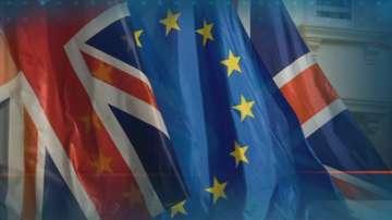 Петима министри от кабинета на Мей подадоха оставки след сделката за Брекзит
