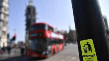 Британските депутати отхвърлиха четири алтернативи на Брекзит