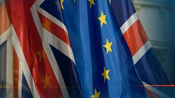 Великобритания ускорява подготовката за твърд Брекзит