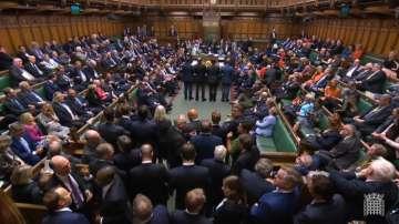 Британският парламент се разпусна до 14 октомври