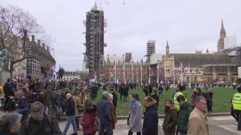 Шествия и митинги на Острова в последните часове преди Брекзит