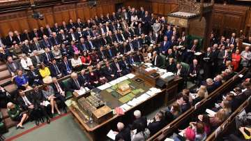 Над пет часа продължават дебатите за Брекзит в британския парламент