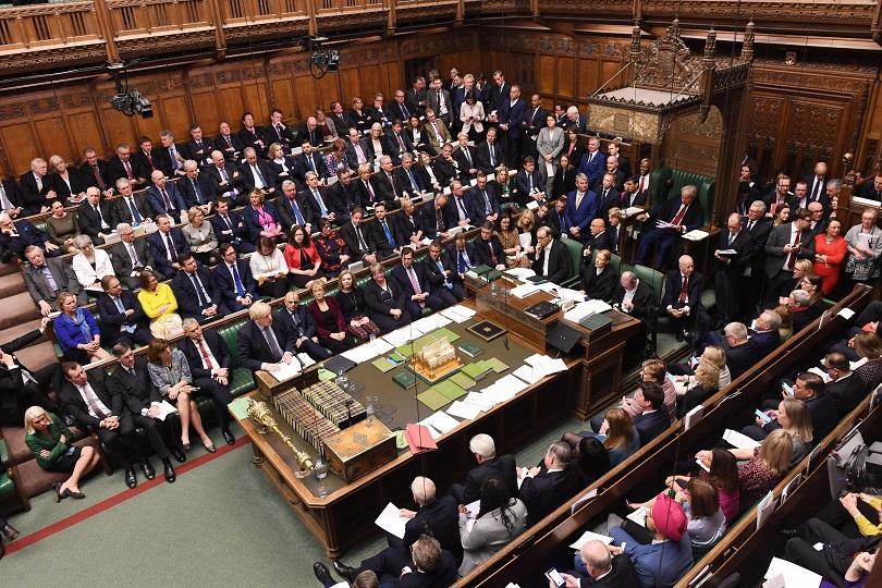 Дебатите на извънредната сесия на Камарата на общините в Лондон