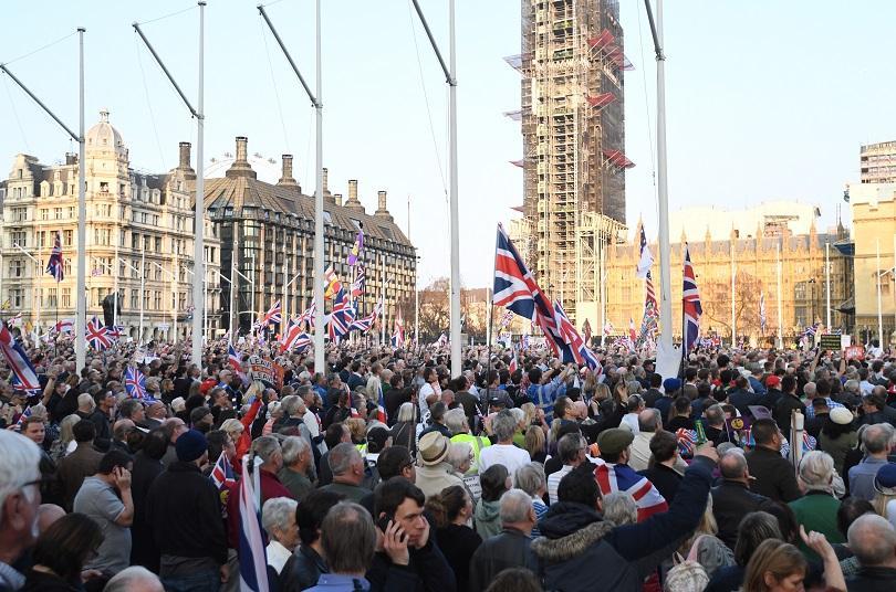 В деня, в който Великобритания трябваше да напусне Европейския съюз,