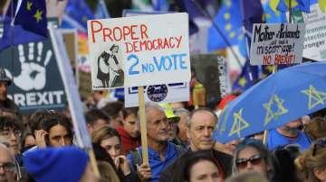 Многохилядни протести на Острова с искане за нов референдум за Брекзит