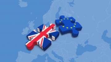 Задействането на Брекзит предизвика противоречиви реакции на Острова