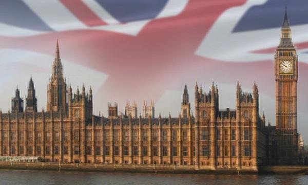 Новият британски външен министър Джереми Хънт започва първата си голяма