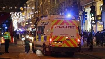 Британската полиция арестува четирима  по подозрение за готвен терористичен акт