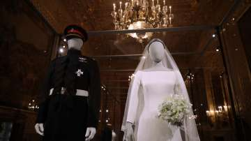Показват сватбените одежди на принц Хари и Меган в замъка Уиндзор (ГАЛЕРИЯ)