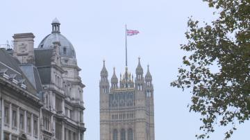 Великобритания въвежда точкова система за чуждестранни работници