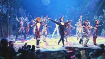 Емблематичният мюзикъл Котките отново на Бродуей