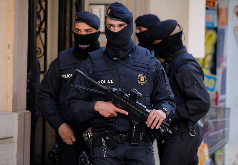 В Барселона са задържани трима души, свързани с атентатите в Брюксел