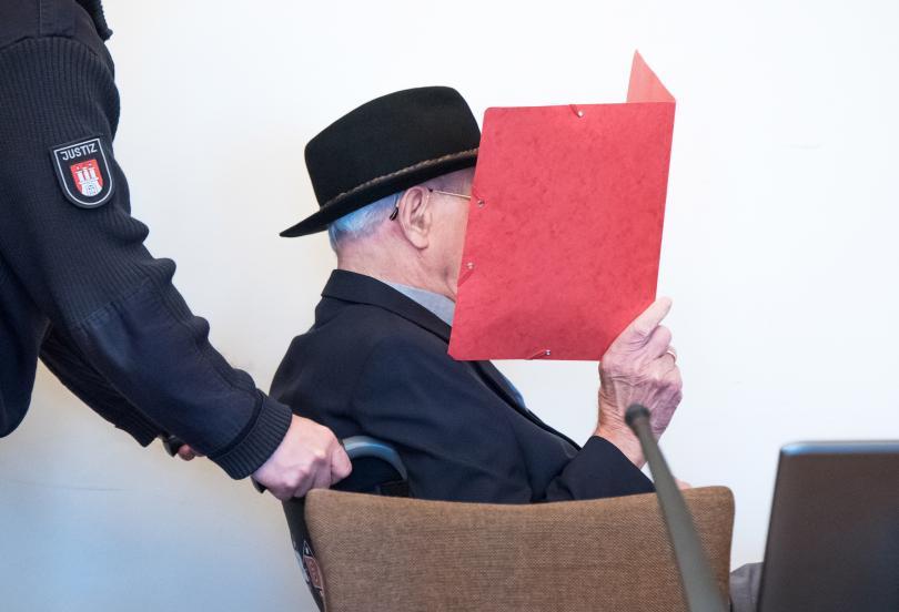 Бивш пазач в нацистки концентрационен лагер на 93 години застана