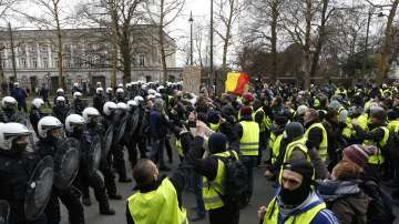 Протест на жълти жилетки и в Брюксел: Арести и сблъсъци с полицията
