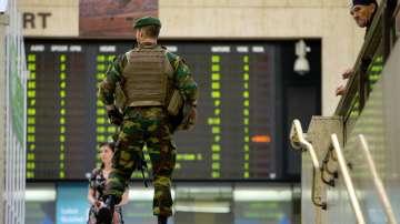 Идентифицираха нападателя от гарата в Брюксел
