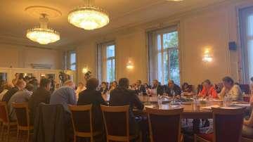 Бюджетната комисия към НС прие намаляване на партийната субсидия на 1 лев
