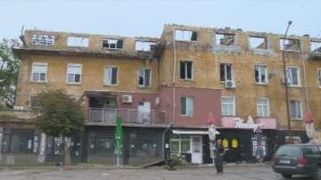 Търсят вариант за временни жилища за хората от горялата сграда в Бухово