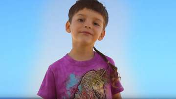 Изпълнение на талантливо българче стана хит в интернет