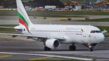 Започна проверка на националния ни авиопревозвач заради закъснения