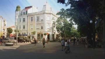 За и против идеята да не се ходи гол до кръста в центъра на Бургас