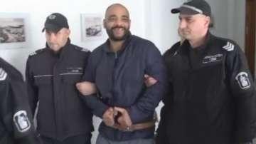 Оставиха в ареста арестуван британски гражданин