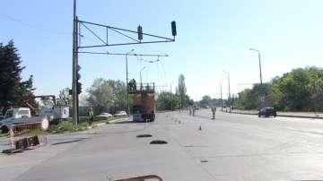 Пожар блокира тролейбусния транспорт в Бургас
