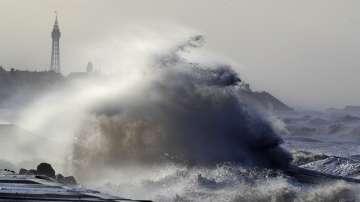 Три са вече жертвите на бури в Европа