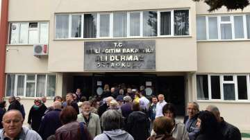 Изборният ден в Бурса беше удължен