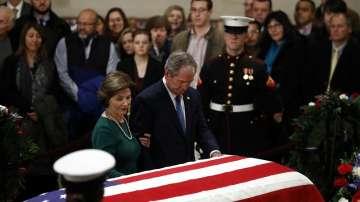 Американците се сбогуват с Джордж Буш - Старши