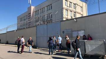 Очаква се днес Полфрийман да напусне центъра за временно настаняване в Бусманци