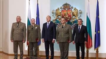 Президентът връчи пагоните на двама нови генерали