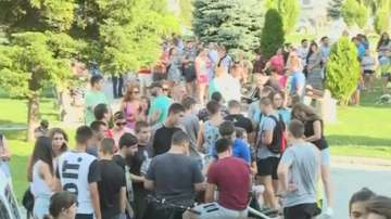 Жители на Бяла на протест заради пребито момче