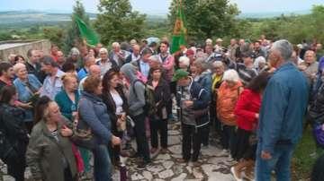Десетки земеделци почетоха делото на Александър Стамболийски